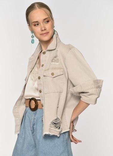 Loves You Yırtık Detaylı Jean Ceket Bej